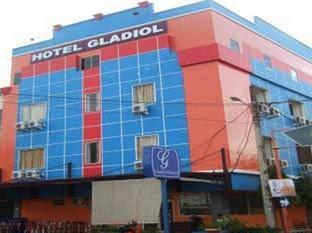 Hotel Murah Dekat Unhas Makassar - Hotel Gladiol Makassar