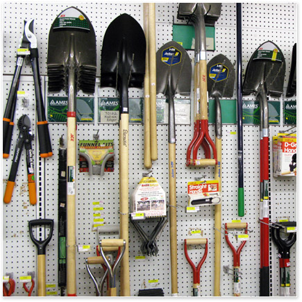 Reubens lawn care lawn and garden products you must have for Gardening tools you must have