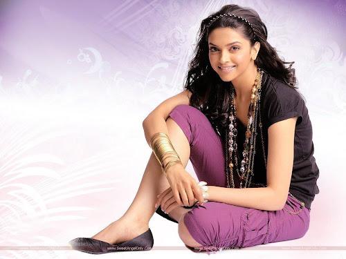 Deepika Padukone Glamorous Wallpaper