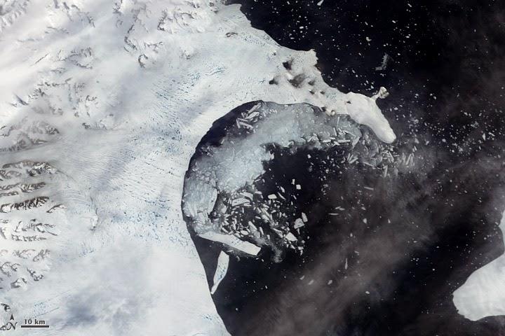 Photograph of Larsen B ice shelf collapse in February 2002 by NASA MODIS