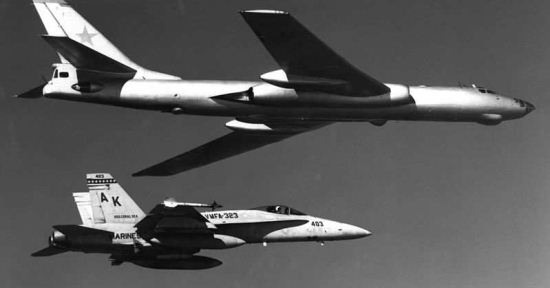 FA-18A VMFA-323 dan Tu-16