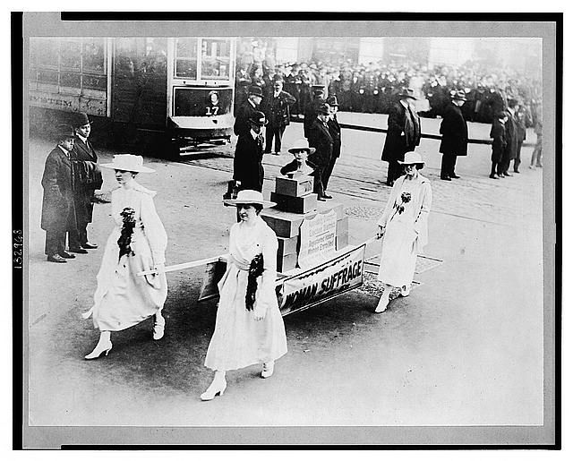 36 Amazing Historical Pictures. #9 Is Unbelievable - Woman's suffrage parade in NYC on Oct. 23, 1915.