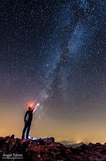 Rozando las estrellas en la Reserva Starlight, en la Sierra Sur de Jaén. Valdepeñas de Jaén.