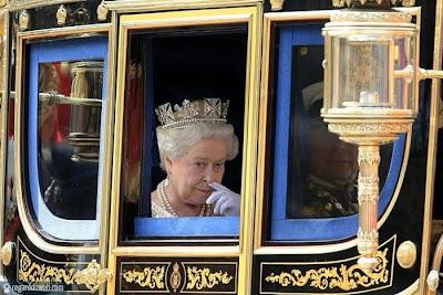 Photos marrantes et incroyables Célébrité - Queen Elizabeth 2 v15