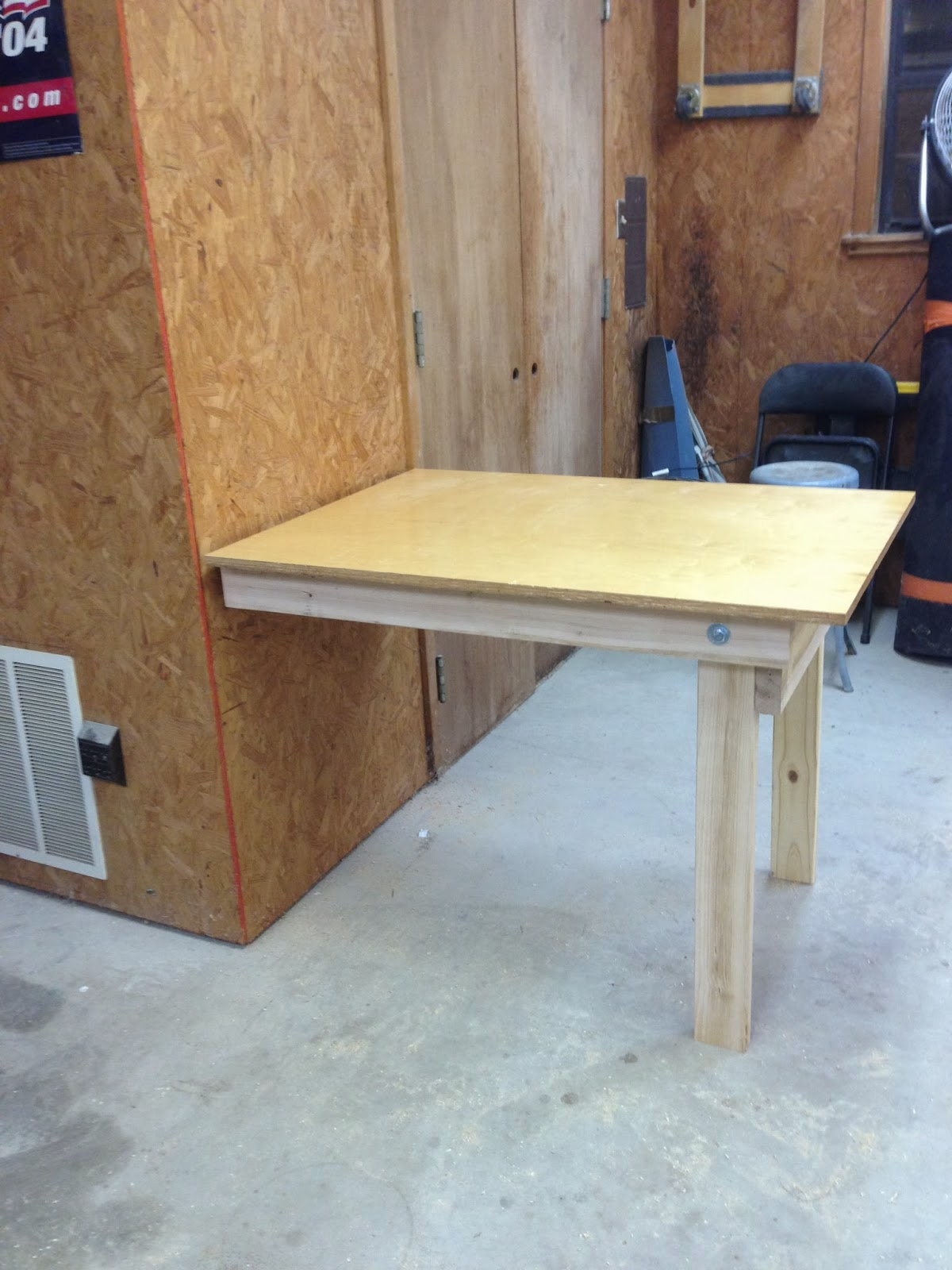 Wilker do 39 s diy fold down workbench for Diy fold down desk