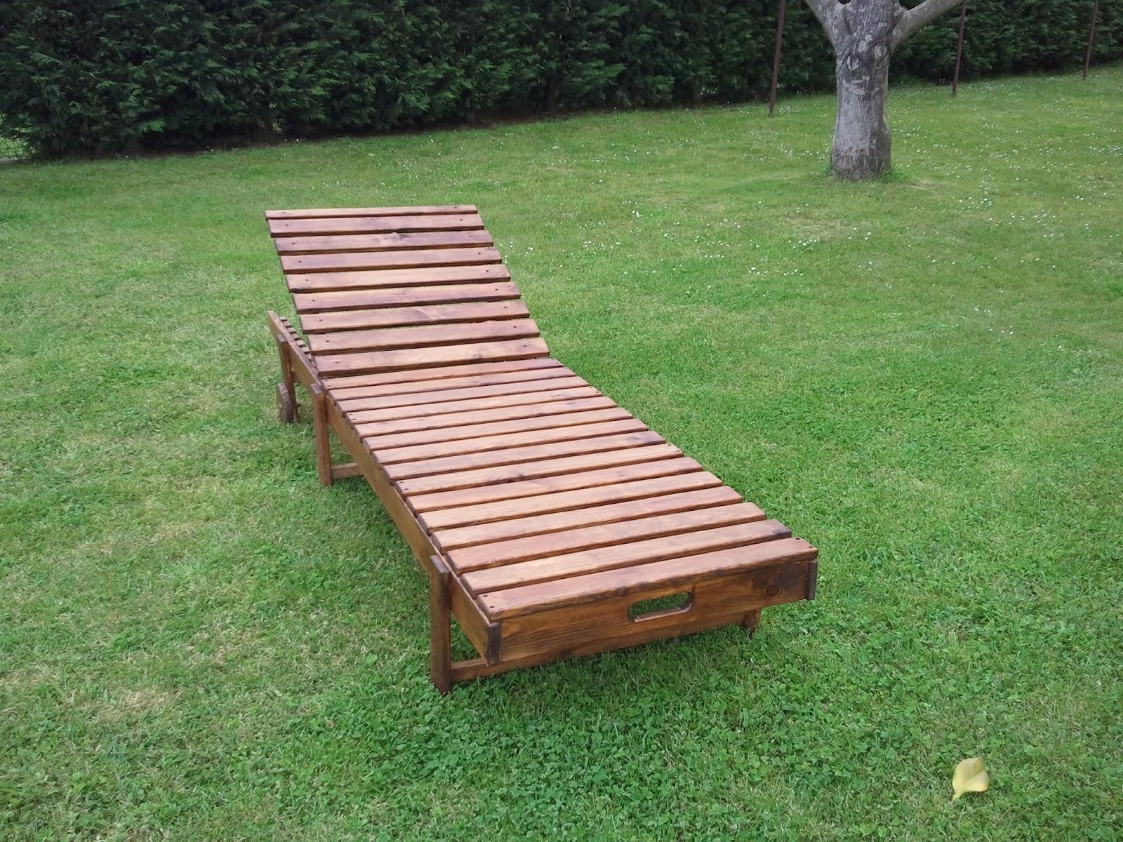 Muebles auxiliares de madera hamaca de madera for Muebles auxiliares clasicos madera