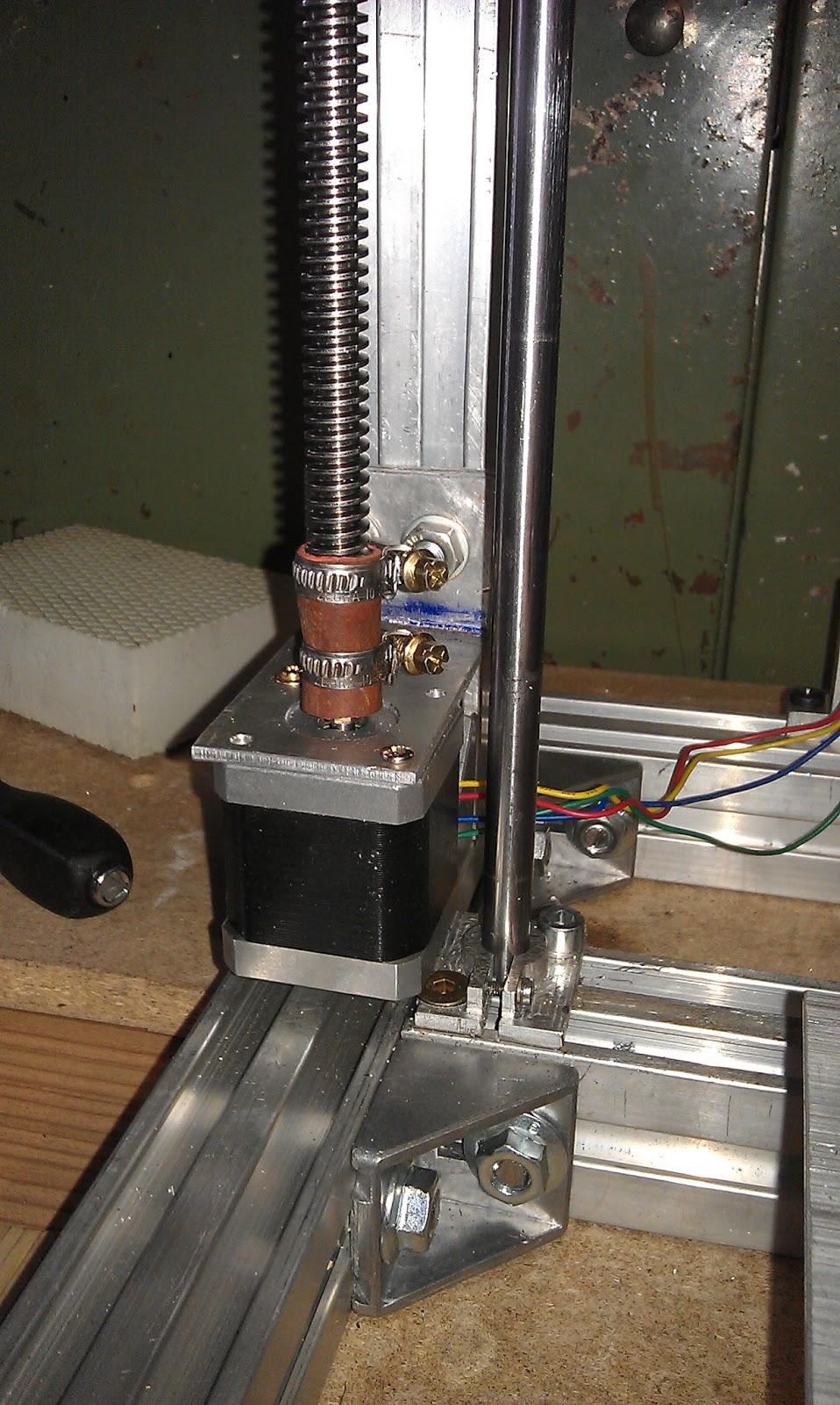 3d drucker im eigenbau anbau motoren und trapezspindel z achse. Black Bedroom Furniture Sets. Home Design Ideas