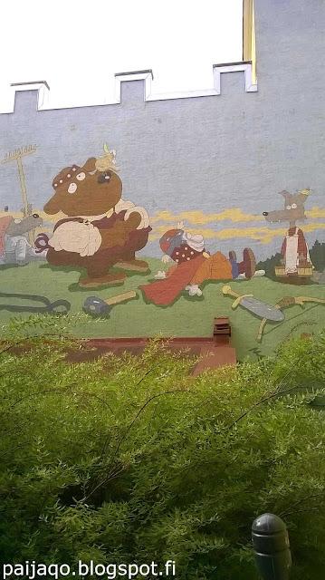 Minun arkeni: seinämaalaus Otava