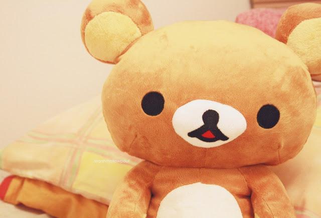 http://1.bp.blogspot.com/--0EwJRFxwgs/UarkKmi7cFI/AAAAAAAAAFk/fc8xQBheewg/s1600/bear-cute-plush-rilakkuma-Favim.com-453236.jpg