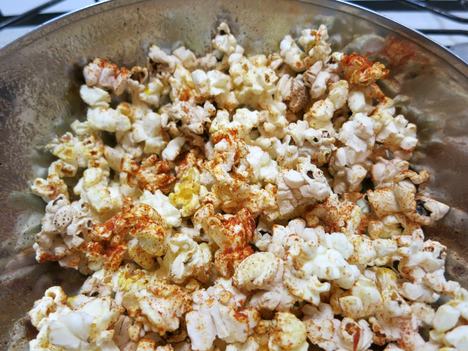 Sweet Paprika Chili Flake Popcorn