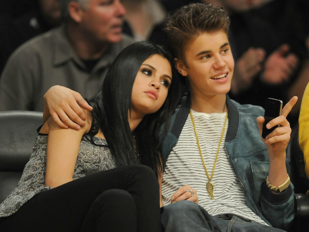 Selena Gomez With Justin Bieber New Photos 2012