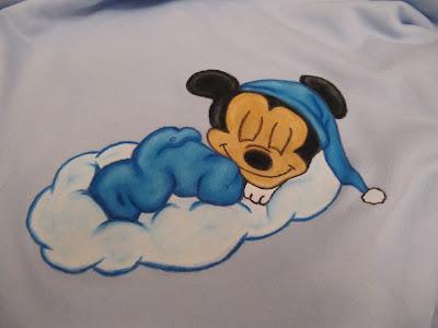 manta de bebe com mickey baby pintado