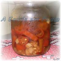 Conserva caseira de pimenta.