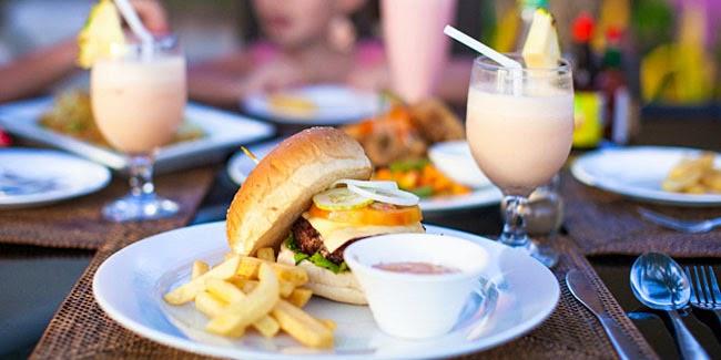 Kesehatan : Makan Di restoran Bikin Gemuk
