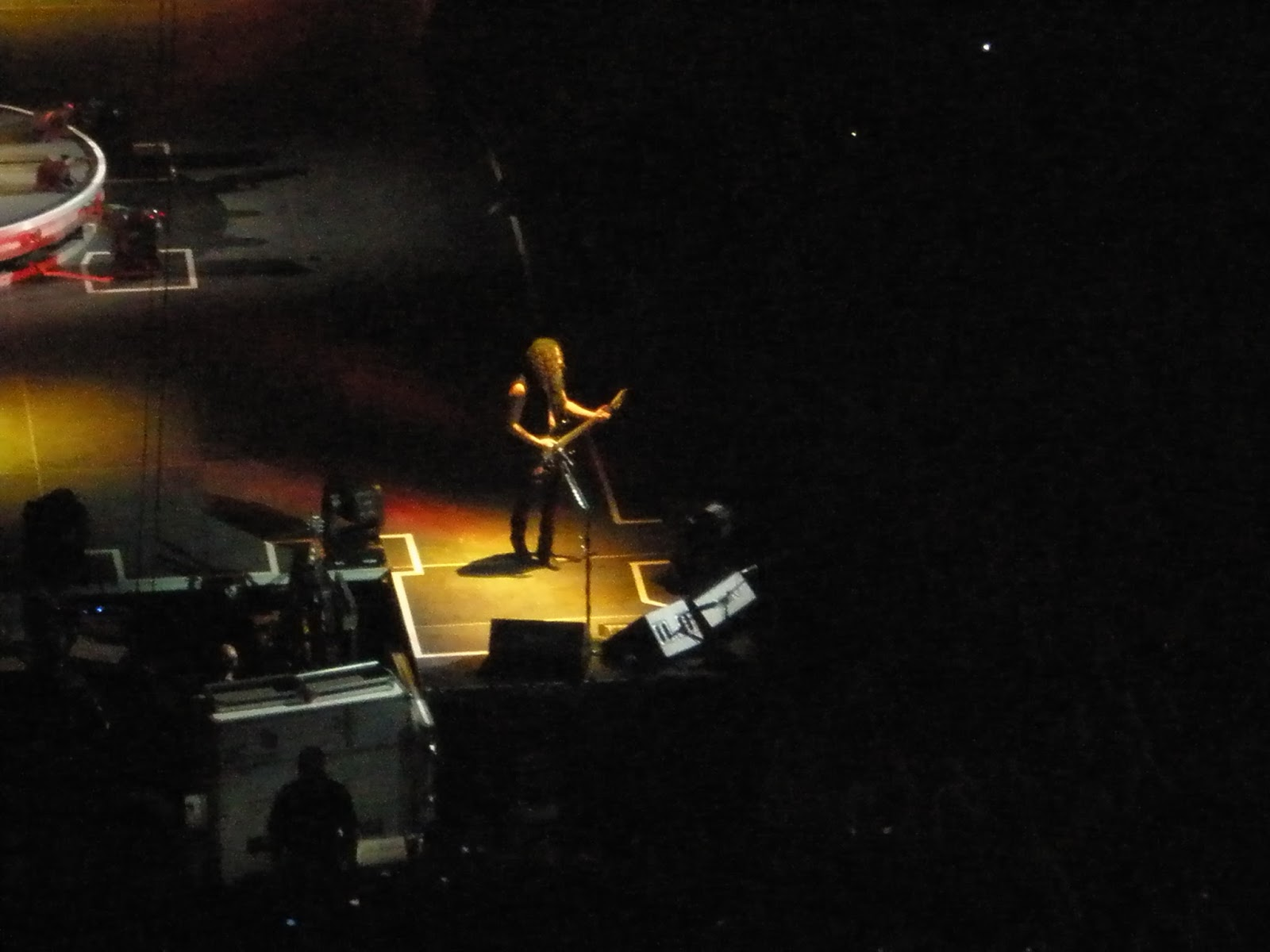 London, 02, dome, greenwich, millennium, Leeds festival, download, glastonbury, sonisphere, donnington, castle, farm, metal, heavy, metallica, meet and greet, james hetfield, rob t, lars ulrich, kirk hammet, sonisphere, autograph, signed, meeting, heavy metal, festival, gig, knebworth, rail