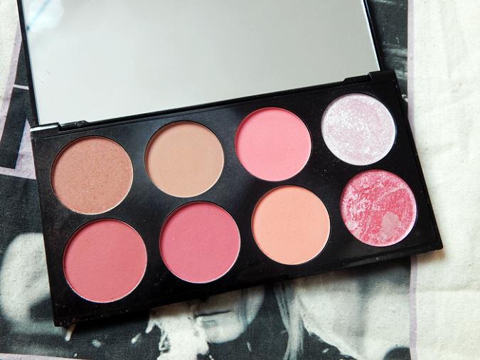 Makeup Revolution Sugar and Spice Ultimate Blush Palette