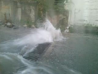Καταστροφές από το χαλάζι στην Φωτεινή Καστοριάς ( video ) στο κέντρο της πόλης αλλά και σε πολλές άλλες περιοχές