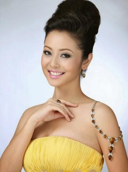 Jennifer Phạm xinh đẹp quyến rủ