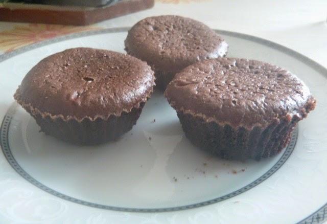 PETIT GÂTEAU; BROWNIE; CHOCOLATE; BOLO; BOLINHO; FORMA DE SILICONE