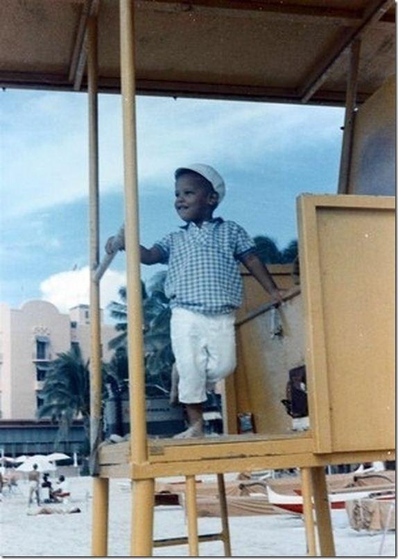 09a3ba7aa21f7 صور نادرة لباراك اوباما في مرحلة الطفولة - عالم حواء