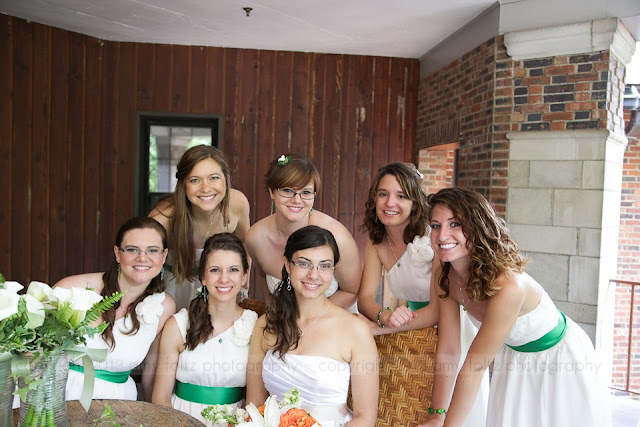 photo of a bride and her bridesmaids on the veranda and the Turkey Run State Park Inn