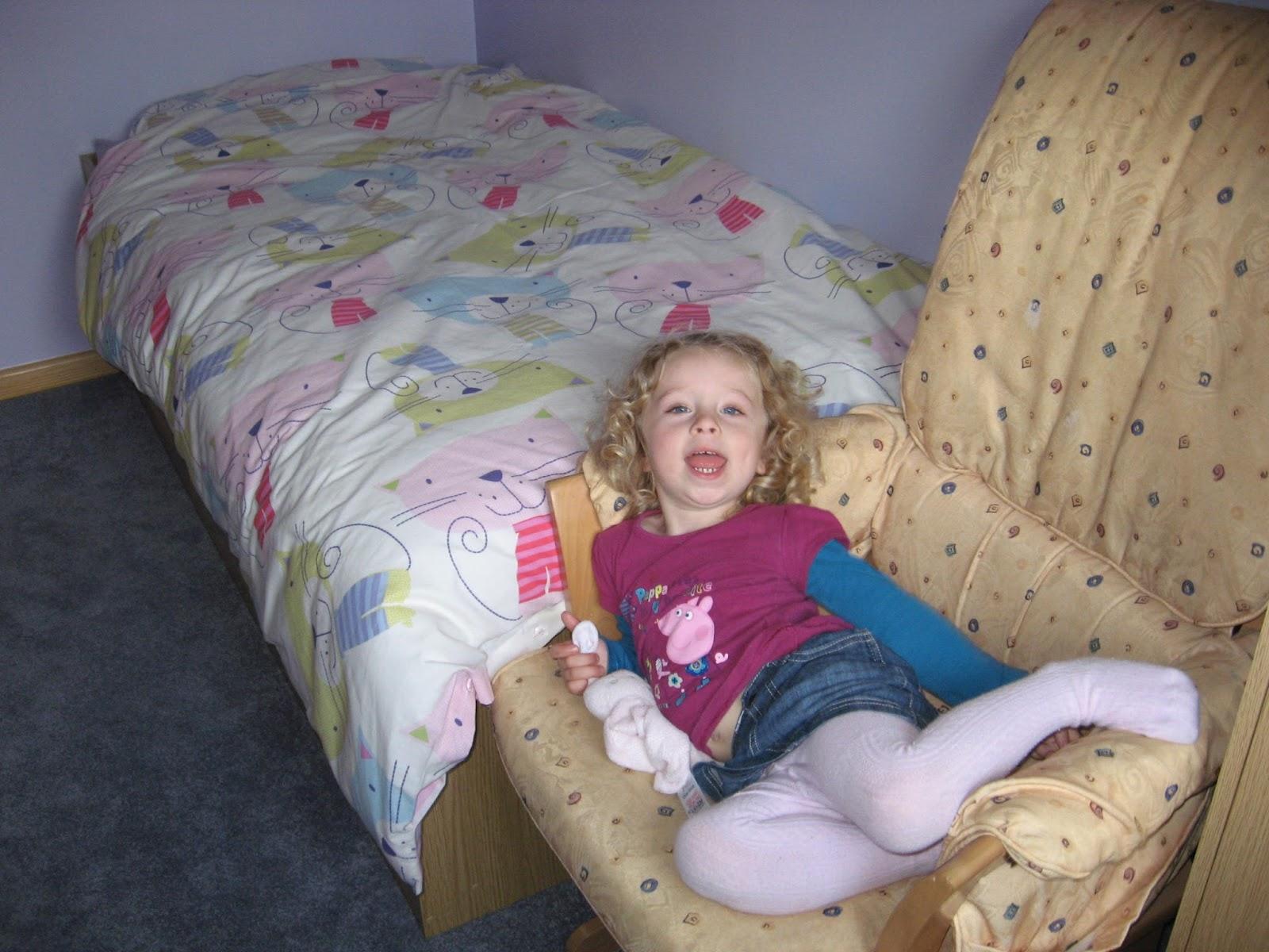 Baby girl streakerpicmagic periscope vichatter omegle