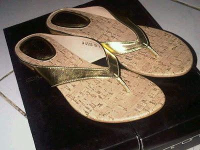 aneka model sandal sepatu wanita murah,model sandal wanita gold