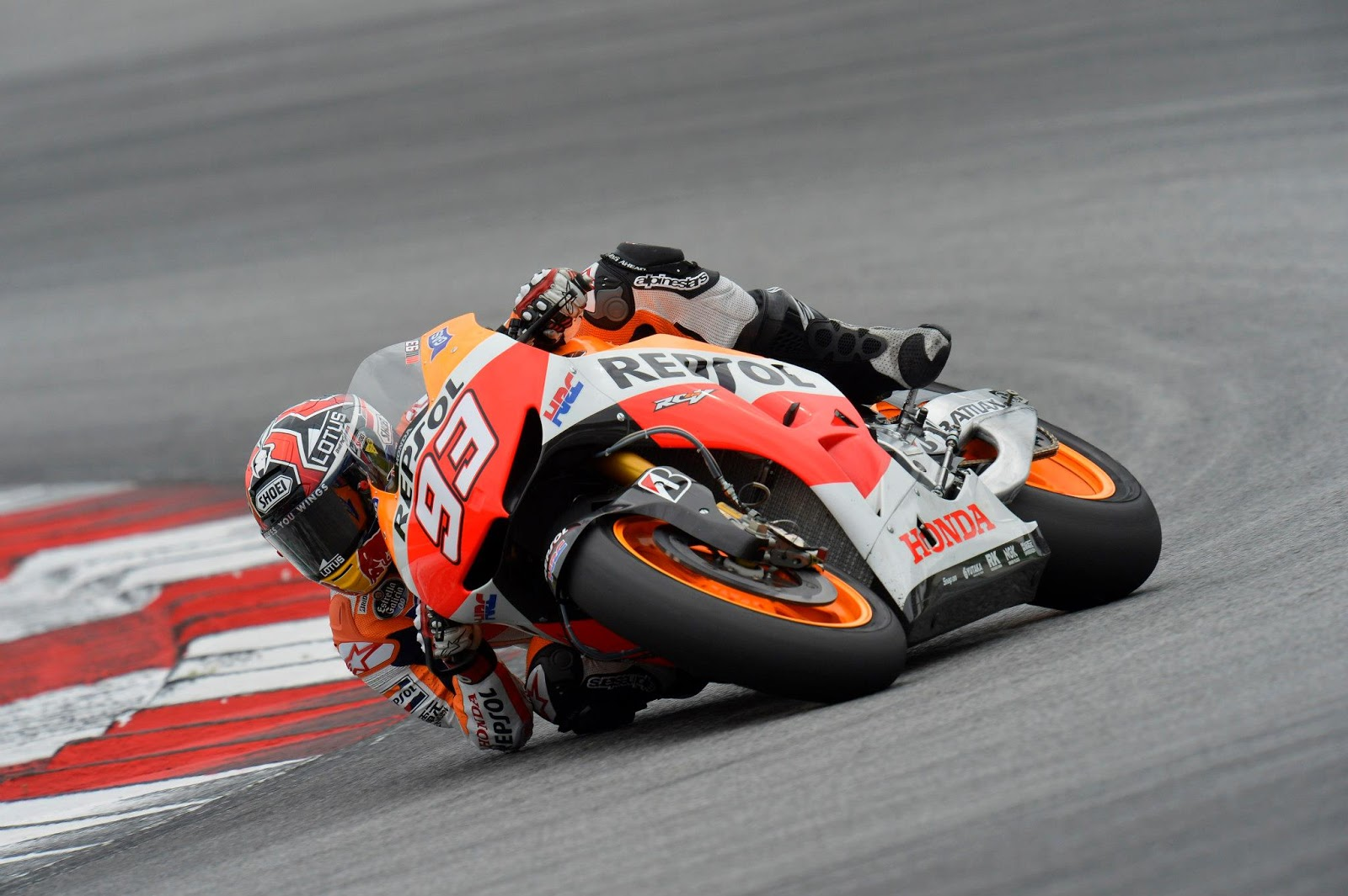 Racing Caf    Photo  368   Marc Marquez   Test Sepang 2013