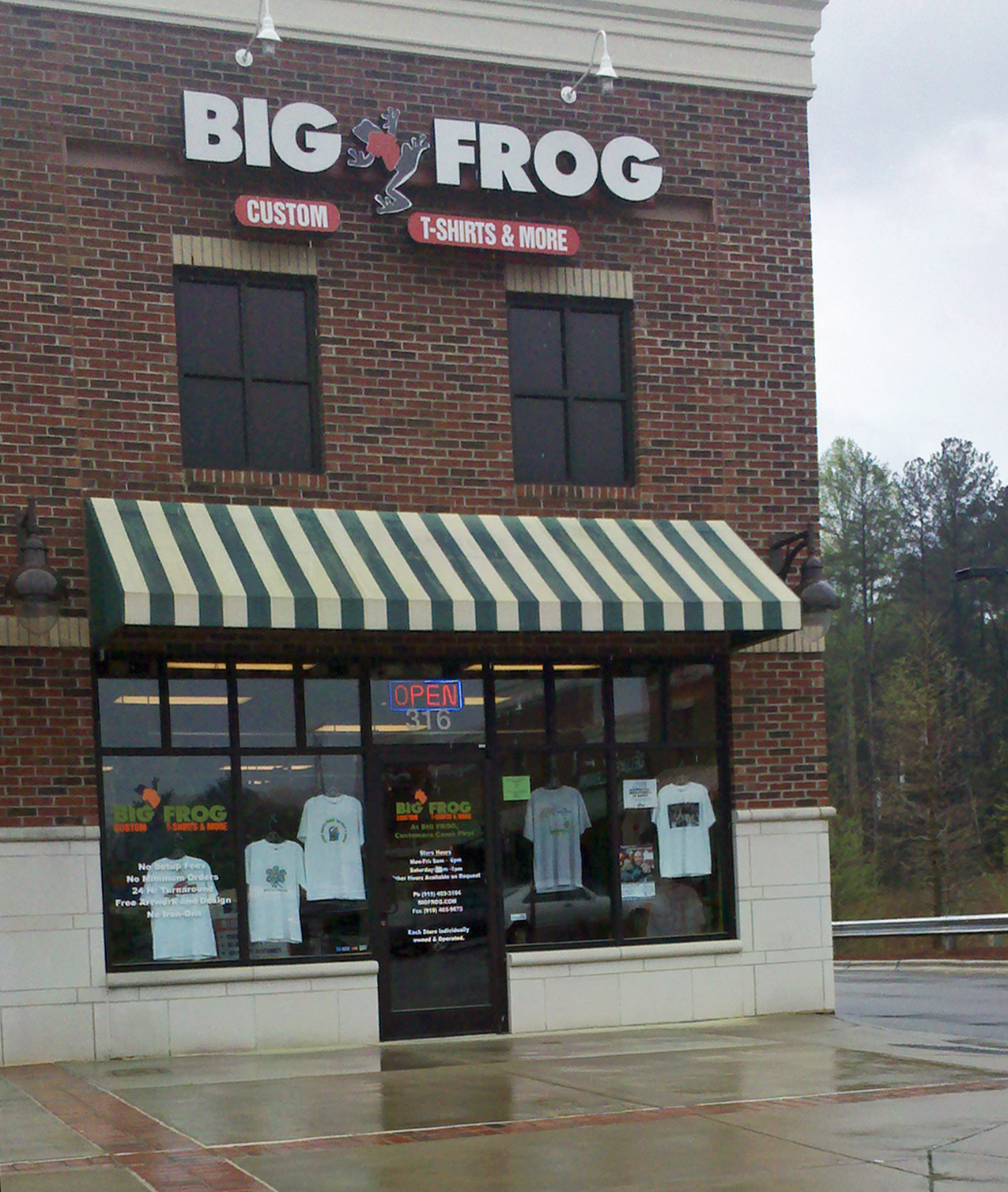 Notes from a mom in chapel hill a guide big frog for Big frog custom t shirts
