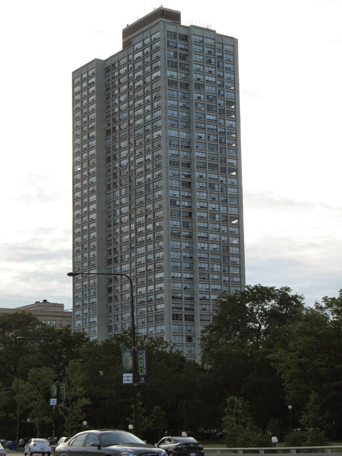 Rascacielo en 1700 East 56th Street Chicago