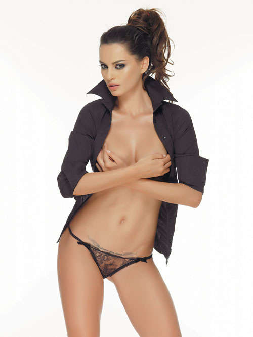 hot galleries with sexy naked girls beautifull model catrinel menghia