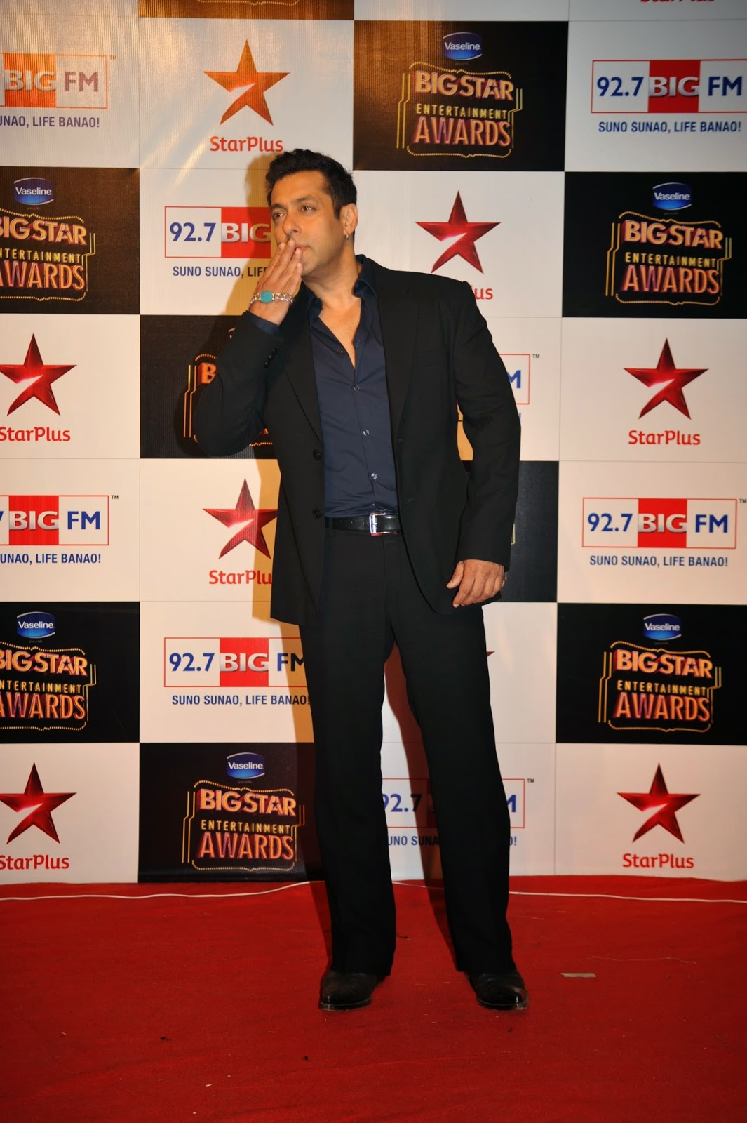 Stars at BIG Star Entertainment Awards 2014
