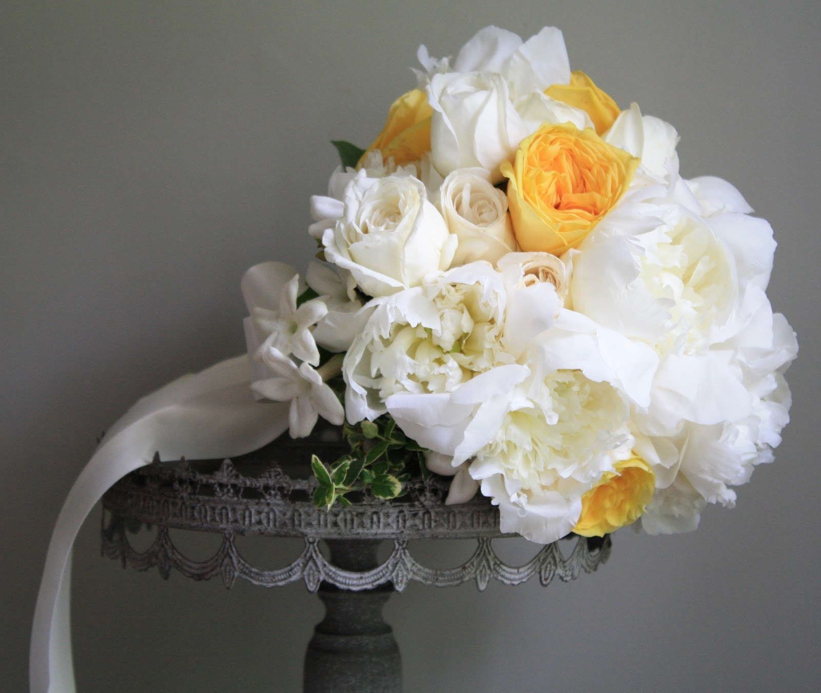 yellow garden rose and peony wedding bouquet fluffy white peonies yellow garden roses - Garden Rose And Peony