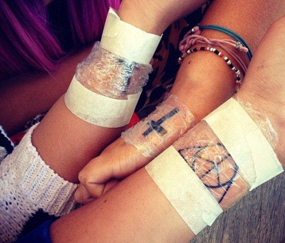 Ekipa Z Newcastle Charlotte Ma Swój Pierwszy Tatuaż