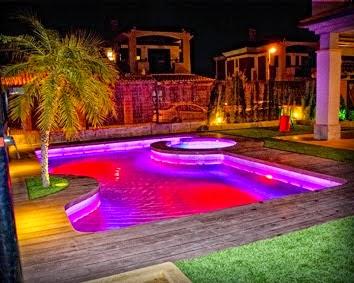 Focos led para piscinas jardines y terrazas for Jardin 7 colores bernal