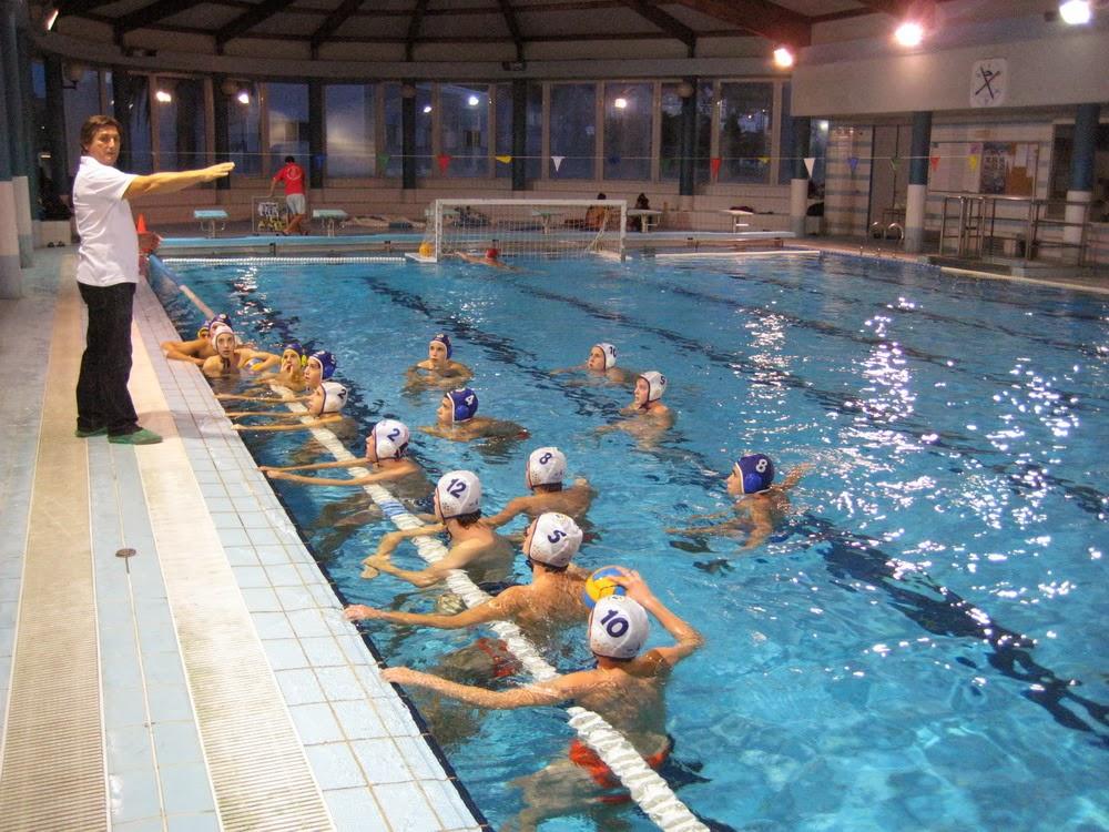 Waterpolo pontevedra blog noviembre 2013 for Piscina campolongo