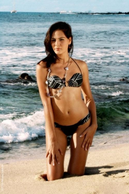 Emilie Maillot's bikini pics