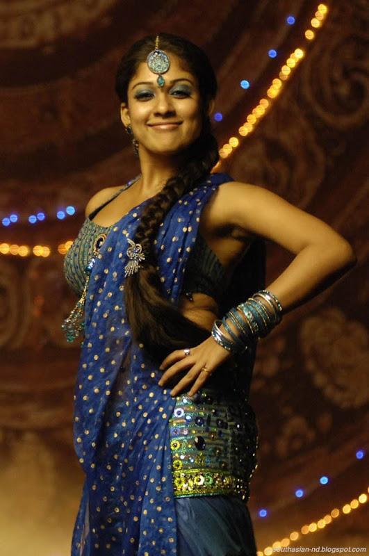 Nayantara In Super Kannada Movie Hot Navel Show Photos Pics hot images