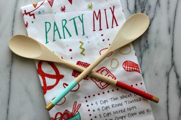 DIY Painted Spoons Hostess Gift