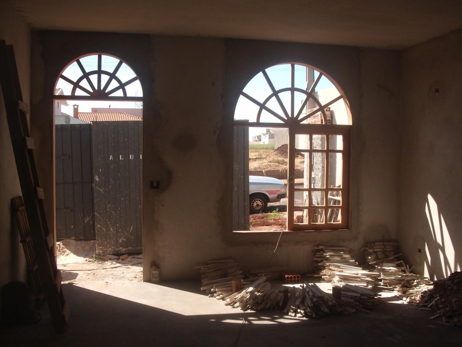 #8D633E Loucuras de uma Construção: Portas e janelas brancas Glamour ou  1254 Portas E Janelas Em Madeira Juiz De Fora