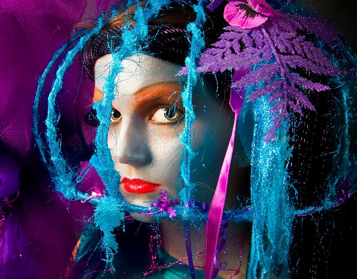 http://1.bp.blogspot.com/--3A5M10b48E/TlU9qpH3OrI/AAAAAAAAAnk/OmiMloUjUYY/s1600/cage.jpg