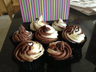 Choc Vanilla cupcakes