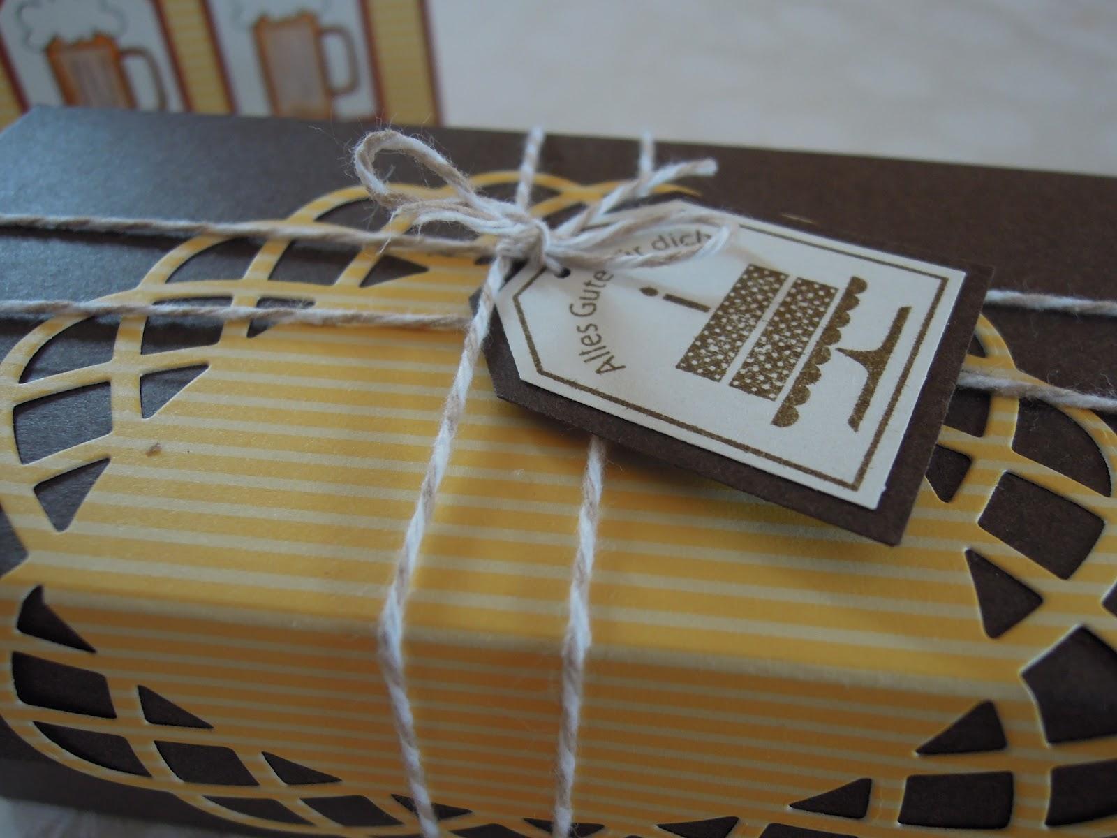 stempeln im keller geburtstagskarte und geschenk f r. Black Bedroom Furniture Sets. Home Design Ideas