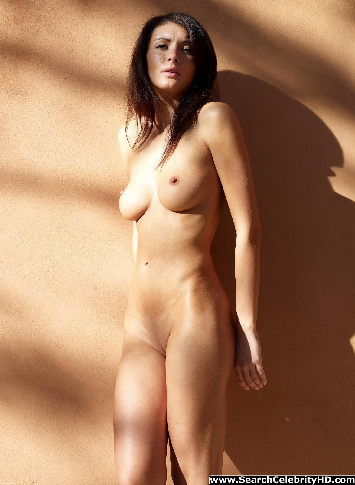 http://1.bp.blogspot.com/--3muDG9kaV4/UMyM-3u7ZUI/AAAAAAAABGo/9o04QPR97W8/s1600/Orsi+Kocsis+nude-www.searchcelebrityhd.com-001+(100).jpg