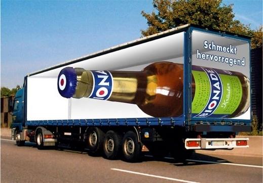بالصور فنان أبدع رسمة الشاحنات
