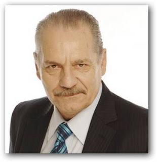 Hugo Arana es Ramón