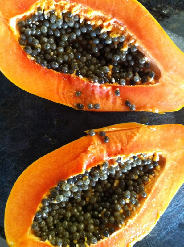 how to tell if a papaya is bad