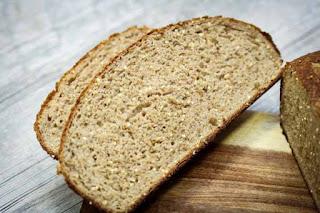 quinoa-spice-bread