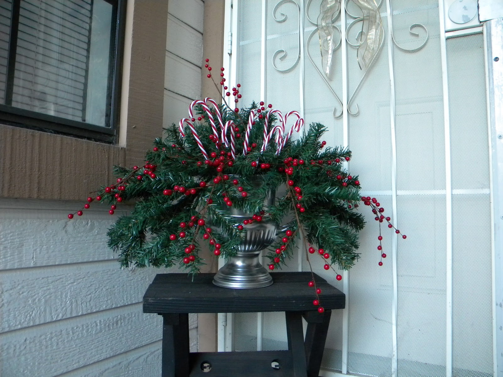 Daze Of Grace Christmas Door Decor Ode To Pinterest