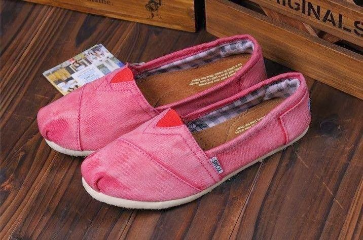 TOMS Beautiful Shoes, Pink Moccasins